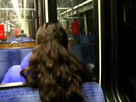 100% REAL und PRIVAT! Öffentlich in der S-Bahn gefingert und geblasen!