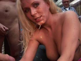 Gangbang Schlampe Outdoor Teil 2 Spermafinale