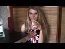 Ich Martini und ein Eiswürfel