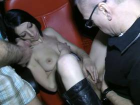 TOP Geil.Riesen Schwanz und Harten Fick in Pornokino