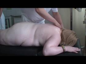 Erneuter Besuch  beim perversen Arzt