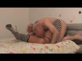 zum orgasmus lecken lassen