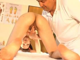 DOKTOR. Die scharfe Massage mit blasen und abspritzen