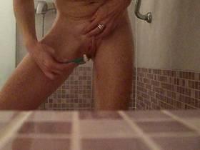 Ich beim rasieren Fingern und Einlauf
