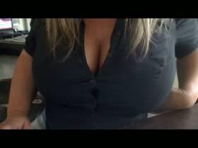 Meine Bluse platzt gleich !
