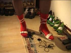 Crushing mit Weißen Heels und Roten ......