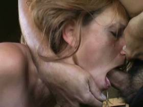 Deepthroat bis zum kotzen