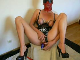 Sklavin Fickt Roten Bullen