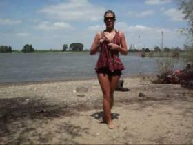 Striptease am Rhein