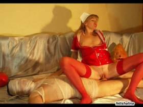 Halloween 2 - Geile Krankenschwester