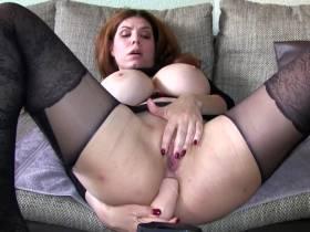 Spontan selbst Anal zum Orgasmus gefickt und zufällig gefilmt!