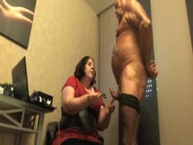 Cock Torture an Schwanz Gurke
